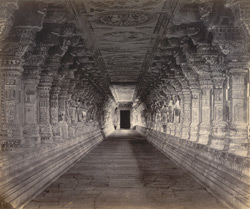 Ramisseram [Rameswaram] Pagoda, Island of Paumben. Entrance passage as seen from west gateway